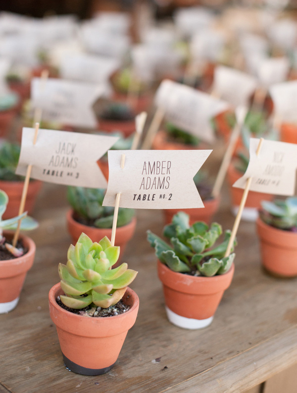 25 Wedding Escort Card Designs For Your Inspiration Vipspatel