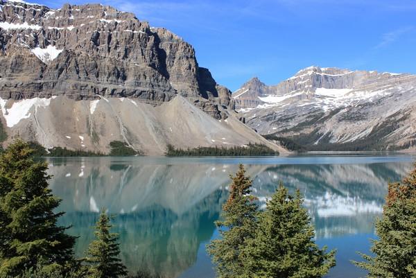 Num-Ti-Jah Lodge, Bow Lake, Canadian Rockies, Alberta